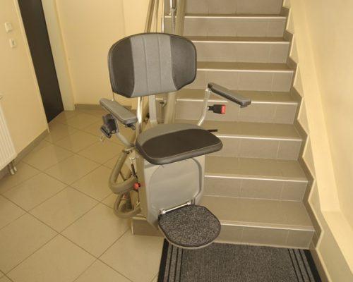 ανελκυστήρας σκάλας premium για αμεα